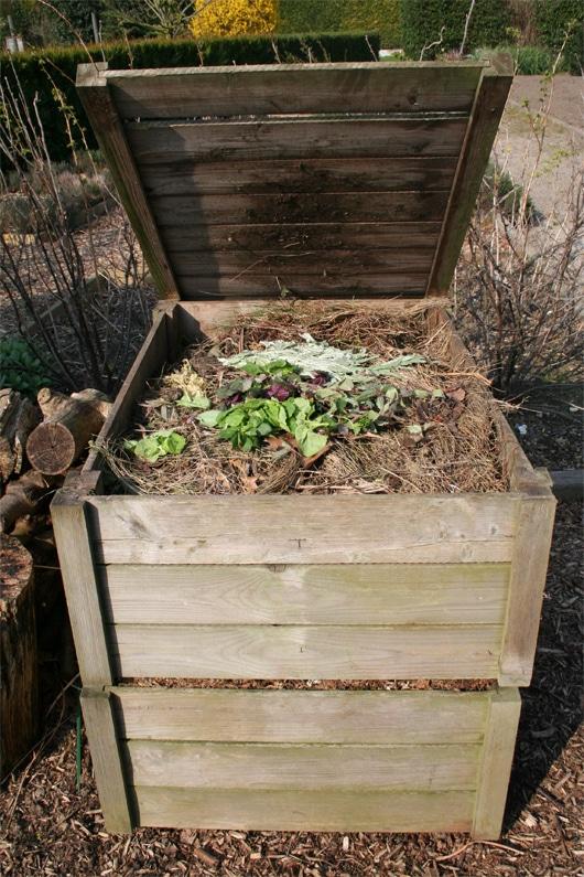 Le cuit et le cru au compost