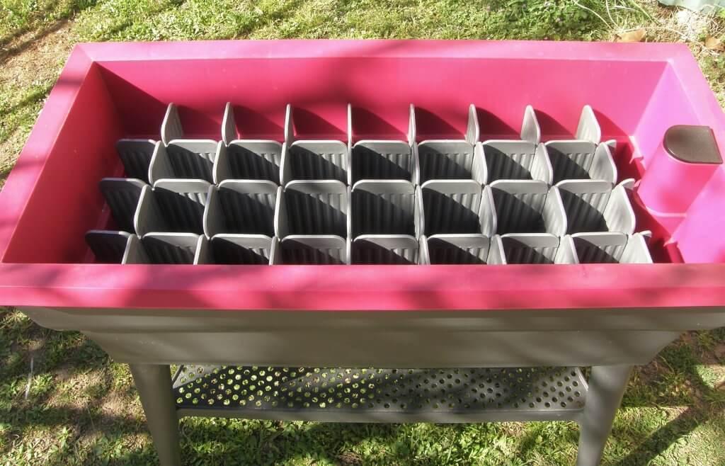 Jeu de cloisons modulables à placer dans la jardinière