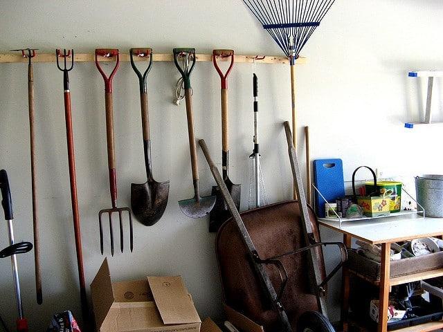 comment bien ranger ses outils de jardin long vit et s curit